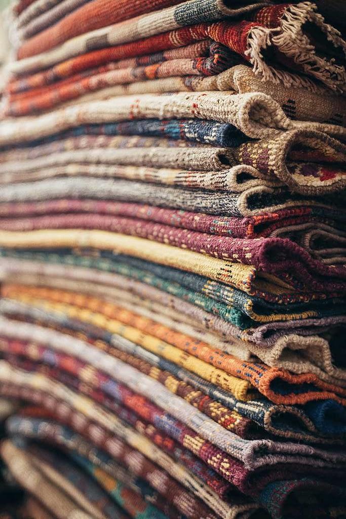 Lavaggio per ravvivare i colori del tappeto